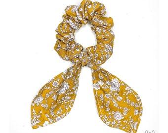 Mustard knot chouchou