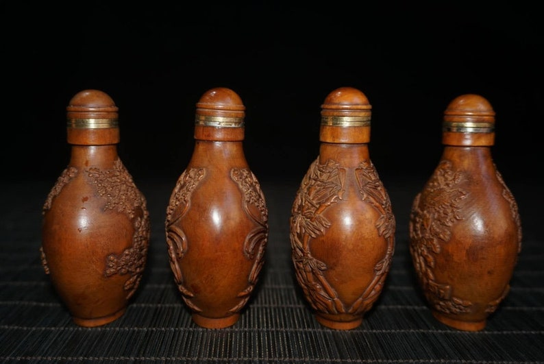 pure hand carving festival gifts modeling exquisite collection Chinese ancient natural boxwood snuff bottle statue
