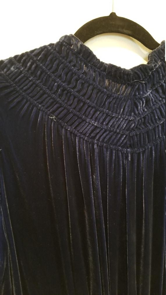 Vintage 30s/40s Blue Velvet Zip Front Dress - image 10