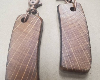 100+ Year Old Kentucky Bourbon Barrel Stave Keychain with Certificate Of Authenticity