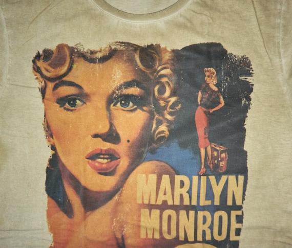 Marilyn Monroe  Bus Stop, Avenue of Stars T Shirt,