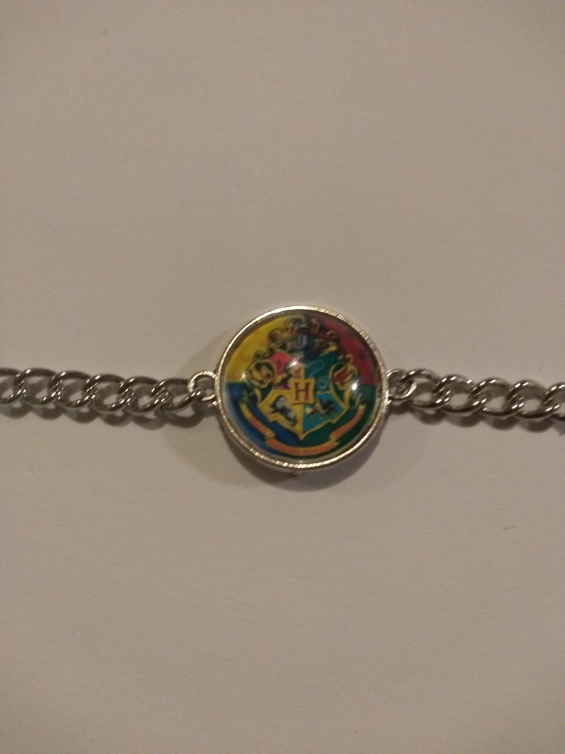 Harry Potter Hogwarts earrings necklace bracelet /&or key chain