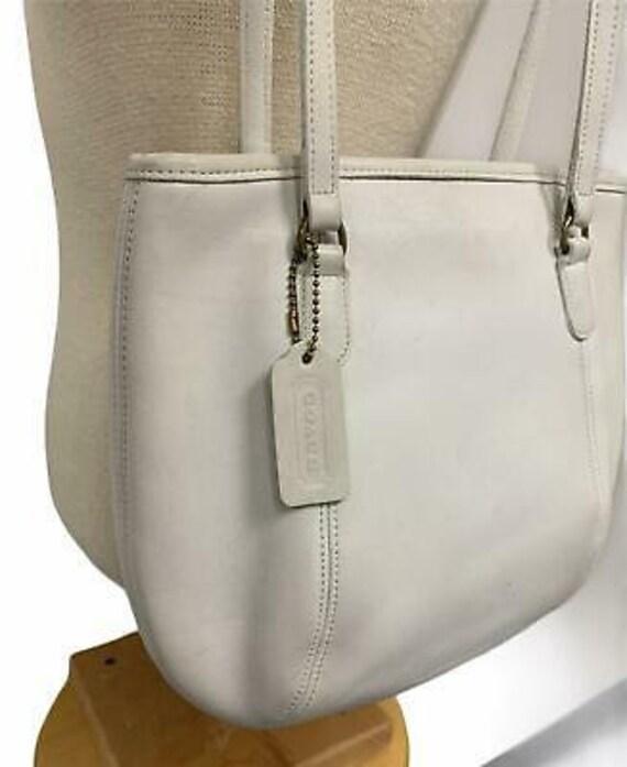 VTG Coach Medium Framed Shoulder Bag Purse 9996 H… - image 3