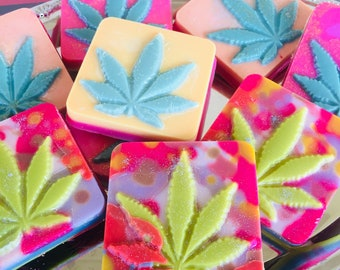 Marijuana leaf, wax melts, Infused with hemp oil, 420 novelty gifts, relaxation candles, aromatherapy, natural healing,