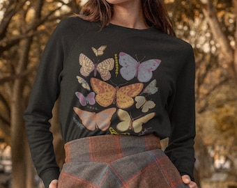 Butterfly Top Insect Shirt Aesthetic Sweatshirt Oversized Sweatshirt Trendy Sweatshirt Butterfly Sweatshirt Art Hoe Cottagecore Clothing