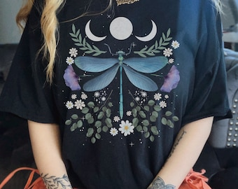 Insect Shirt Art Hoe Grunge Clothing Aesthetic Mori Girl Mori Kei Dark Academia Dragonfly Print Dragonfly Gifts Dragon FLy Cottagecore