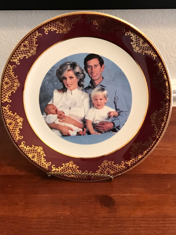Royal Family Plate