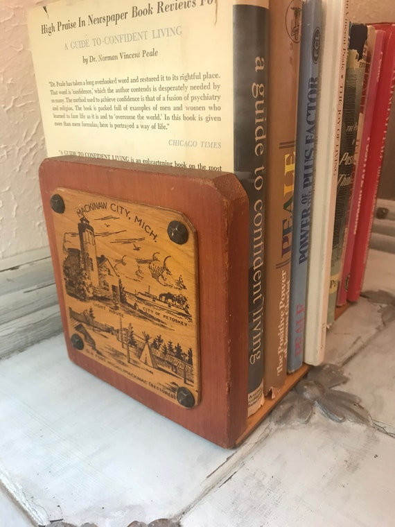 Mackinaw City, MI Vintage Bookends