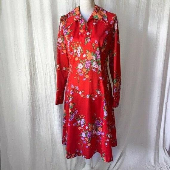 1970s Floral Long Sleeve Dress