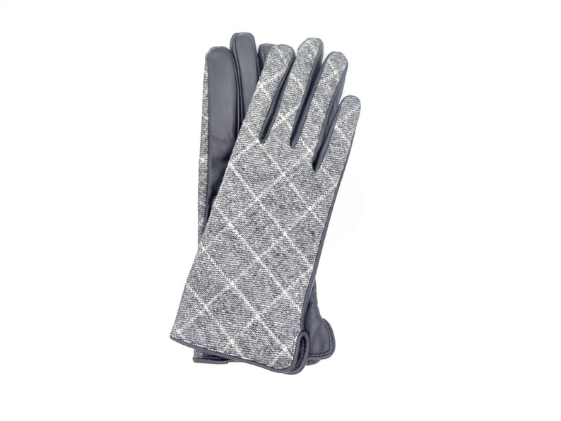 Fabric And Leather Touchscreen  Gloves