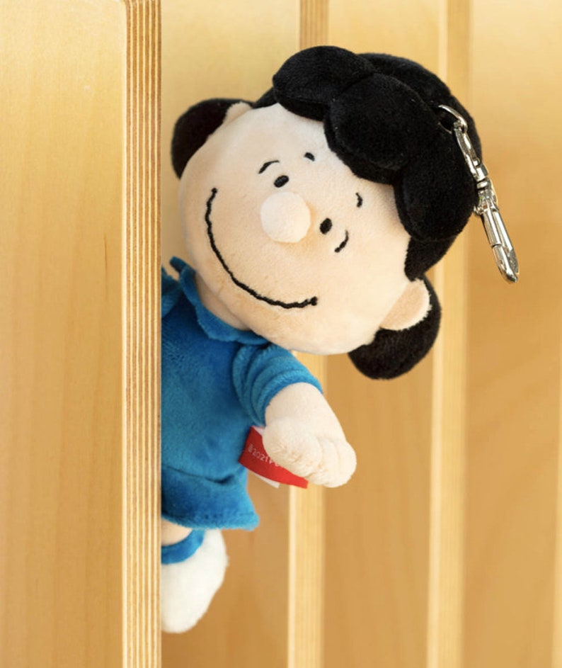 Snoopy the Peanuts keyring 4 types  AirPods keychain keyring