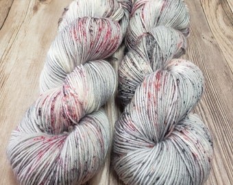 Frosted Cranberries - Hand Dyed Variegated And Speckled Yarn - Superwash Merino Wool/Nylon Blend - Fingering/Sock Weight - DK Weight
