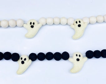 Ghost Felt Garland/ Halloween Garland/ Ghost Banner/ Halloween Decor/ Felt ghost/ Handmade gift/ Free shipping/ Black and White/ Home decor