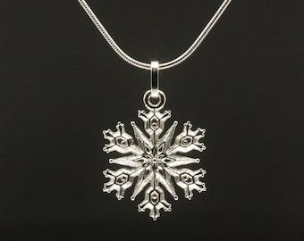 Silver pendant - snowflake - Small
