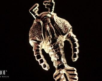 Zimor - Plankton Pendant VI - 585 Yellow Gold Hammered