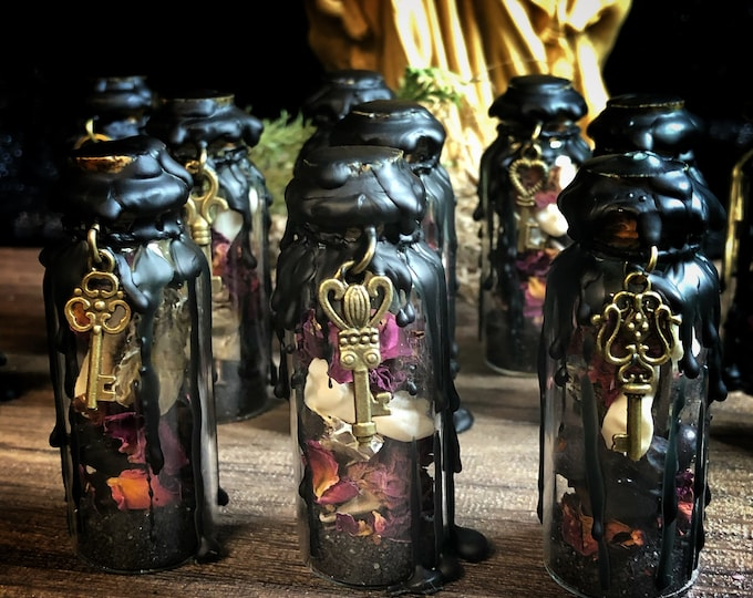 Mini Hekate Protection Witch Bottle- 20 ml- Smaller Version of Hekate Protection Witch Bottle- Great for Travel, Small Spaces, Discretion