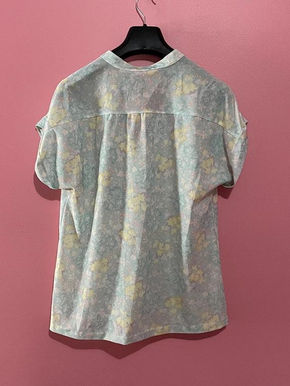 Vintage 70s pastel floral blouse - image 6