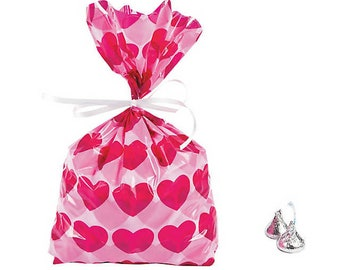 Free Shipping! Medium Red FLUTTER HEARTS 4x2x9 Cello Cellophane Party Treat Food Snack Bags
