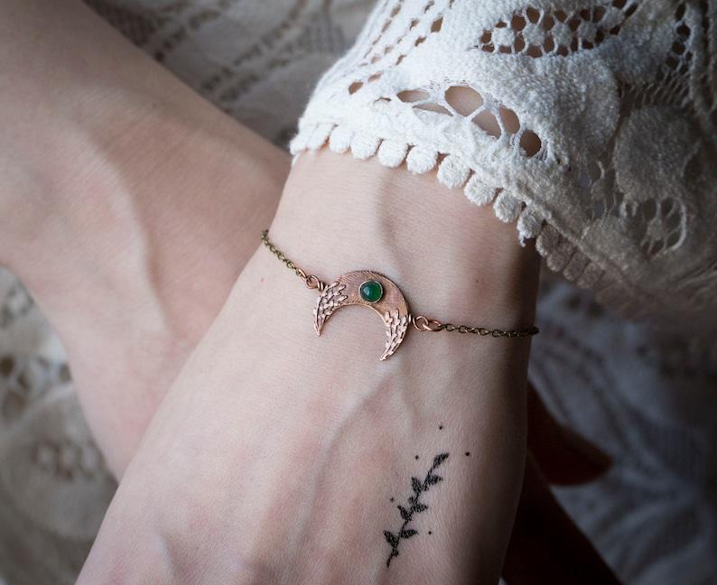 Little handmade crescent moon bracelet with green aventurine Boho bracelet Botanical jewelry Green jewelry Celestial jewelry