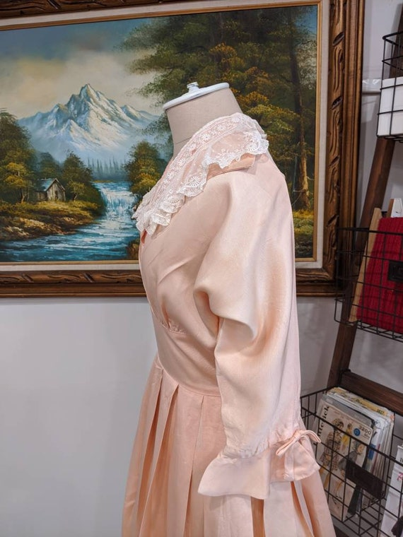 Vintage 1930s 1940s or 1950s blush Pink peach sil… - image 6