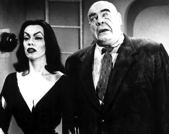"""Plan 9 from Outer Space -- 11"""" x 17"""" Poster"""