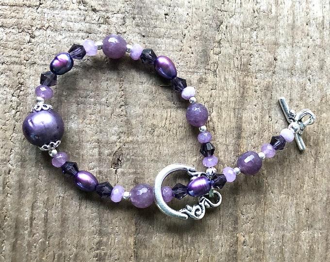 Purple Lepidolite, Freshwater Pearl & Crystal Bracelet