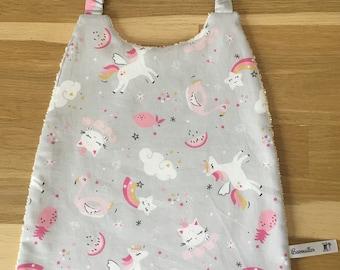 Elasted maternal bib / mixed bib / girl bib / boy bib / school towel / canteen towel / elastic bib