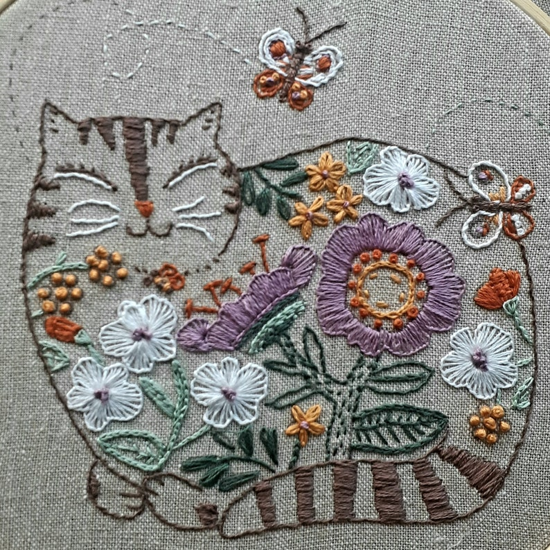 Cat Embroidery Kit; Cute Cat Hand embroidery pattern; DIY craft kit; Flower embroidery; Custom Wall Decor; 7 Hoop Art; Beginner Embroidery