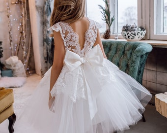 Ivory Flower Girl dress,First Communion Dress,Toddler dress,Tulle Dress For Girls,White lace dress,Tutu Flower Girl dress,Tutu dress