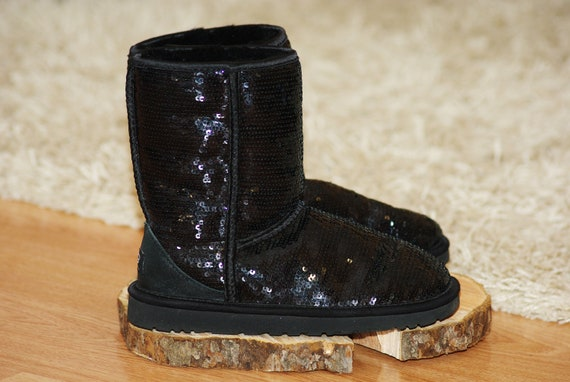 UGG Women Classic Short Sparkles 3161 Boots Black