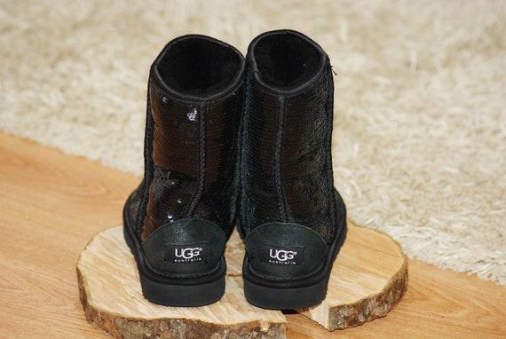 UGG Women Classic Short Sparkles 3161 Boots Black… - image 2