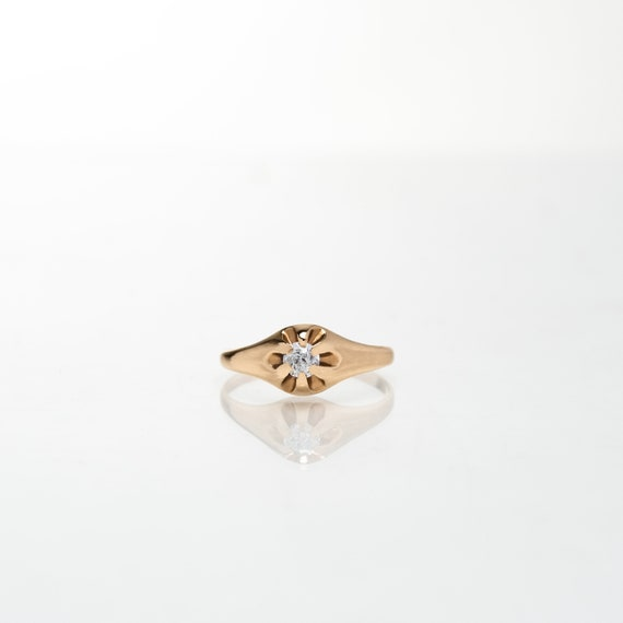 Diamond Solitaire Belcher Ring in 14K Yellow Gold… - image 1