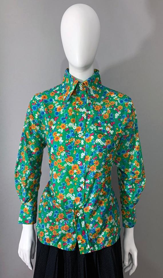 """1970s Women's """"SKYR"""" Floral Blouse"""