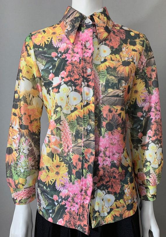 1970s Women's Floral Multicolor Blouse
