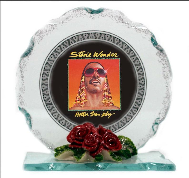 Stevie Wonder Singer Songwriter Cut Glass Photo Plaque image 0
