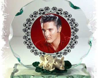 """Elvis Presley """"the King"""" Cut Glass Photo Plaque Edition,Collectable"""