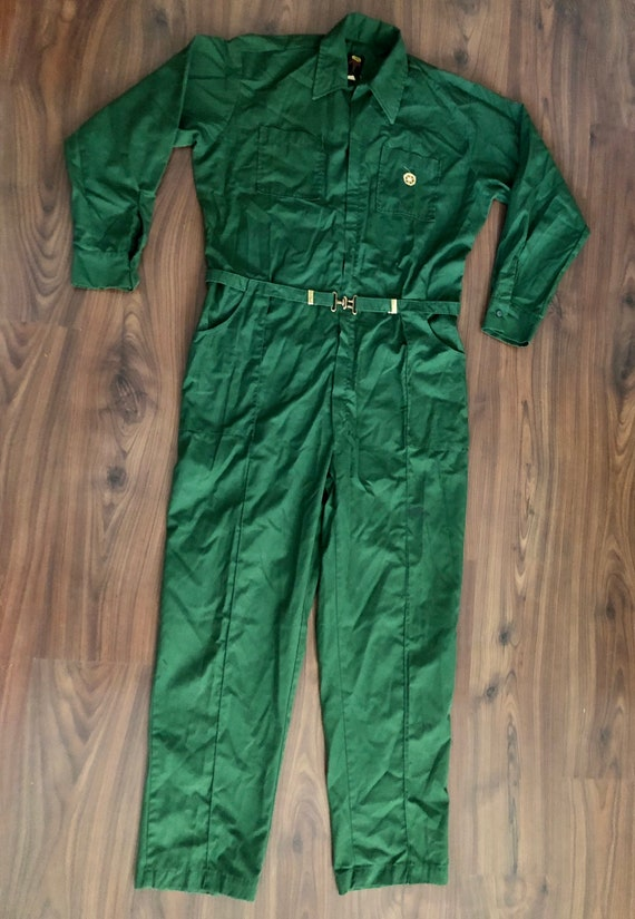 Vintage 50s/60s green work jumpsuit by Pool size r