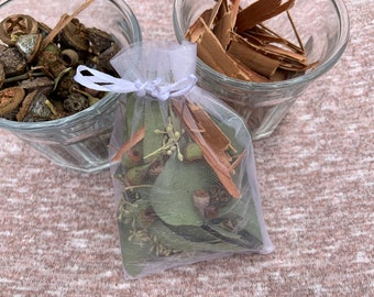 Eucalyptus aromatherapy sachet - handcrafted mix of leaves, pods, and bark in a pretty organza bag.  Perfect Mother's Day gift!
