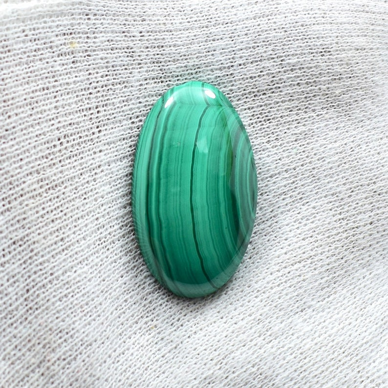 Excellent Natural Malachite Cabochon Gemstone Beautiful Designer Malachite For Pendant Best Quality Oval Shape 44.40 Cts 35x28 mm ML-5