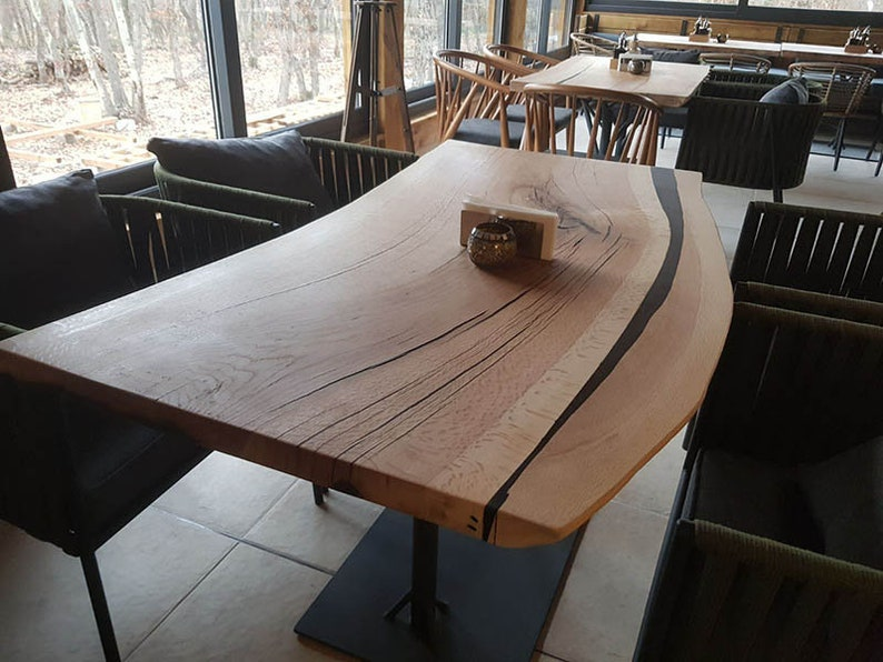 Countertops Made of Solid Wood