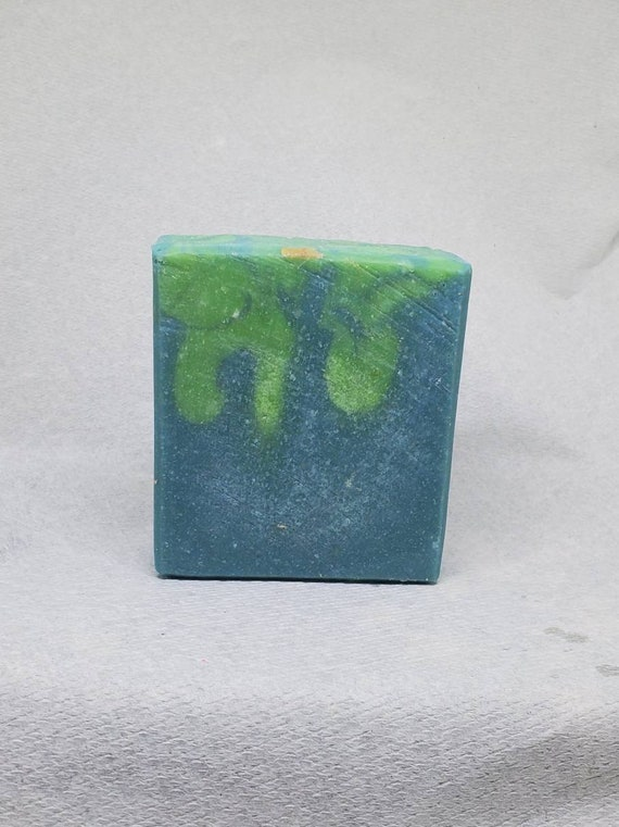 Gin and Tonic Goats Milk Soap