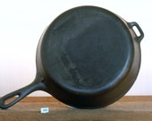 Unmarked Wagner, 8, 10 1 2 quot Cast Iron Chicken Fryer