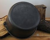 Favorite Piqua Ware, 8 Dutch Oven, no lid