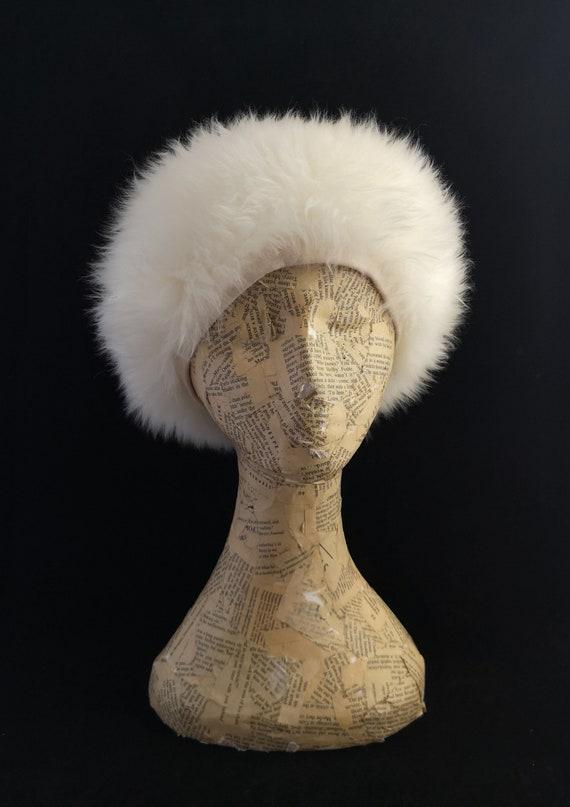 Vintage fluffy fur hat, cream, 1960's