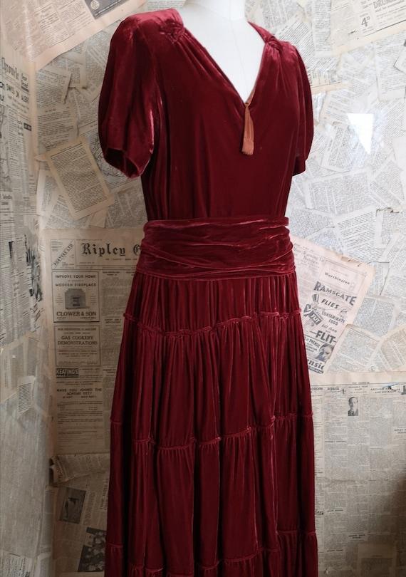 Vintage 30s velvet dress, Art Deco, copper velvet