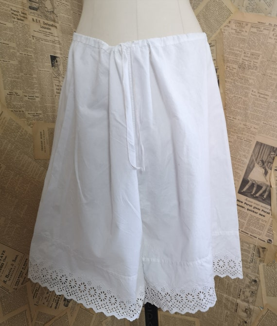 Antique Victorian cotton bloomers, knickers, brod… - image 5