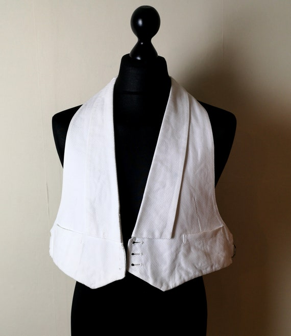 Vintage 1940s white waistcoat, waffle cloth