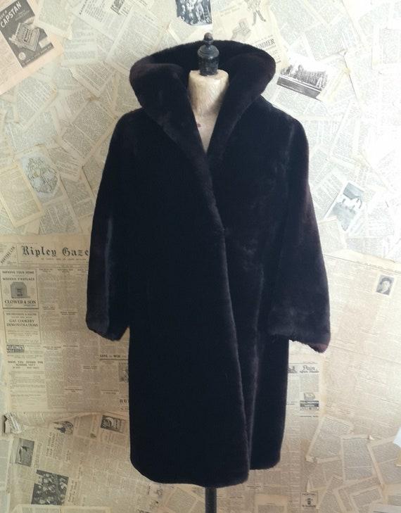 Vintage 1940s brown beaver lamb swing coat