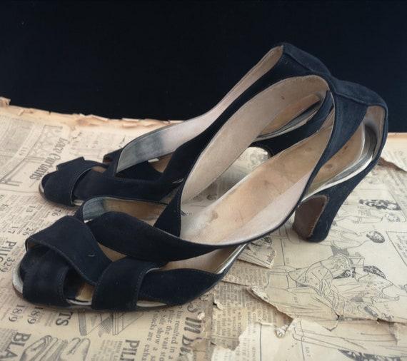 Vintage 1940s silver Black suede sandals, heels