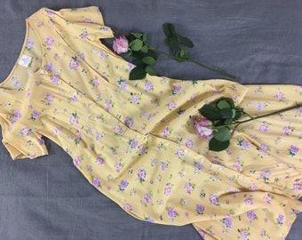 Thin Size 00 Empire Waist Vintage Polka Dot Maternity Dress Below the Knee Day Dress Shirt Dress Lightweight Made in USA